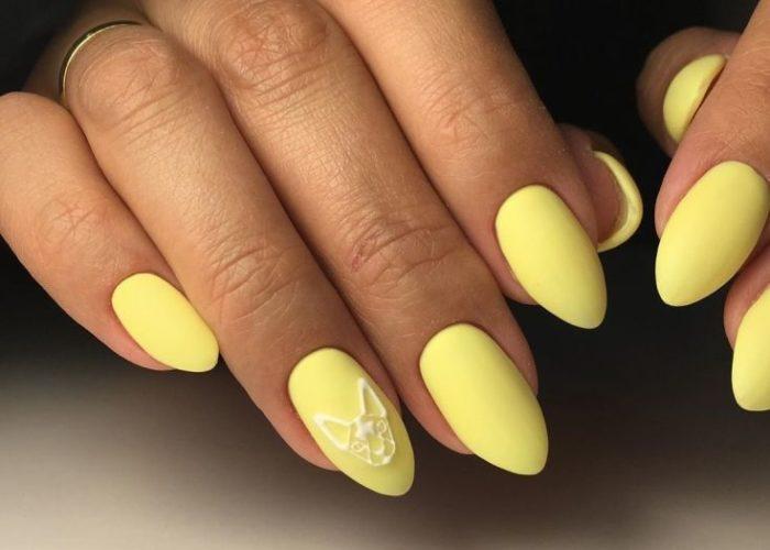 нежный желтый на длинные миндалевидные ногти