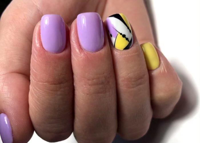 нежно желтый и фиолетовый маникюр